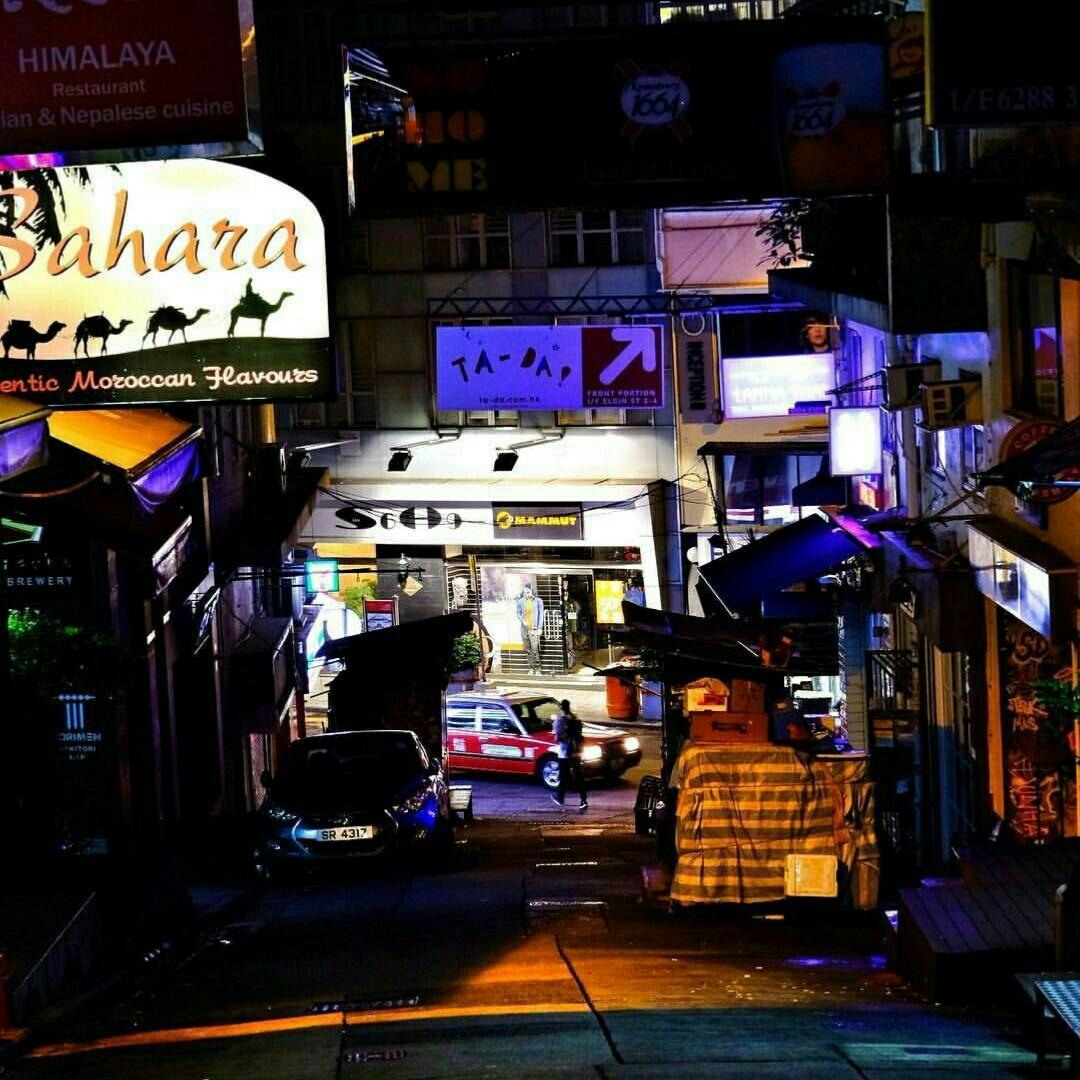 bluepigG_HongKong