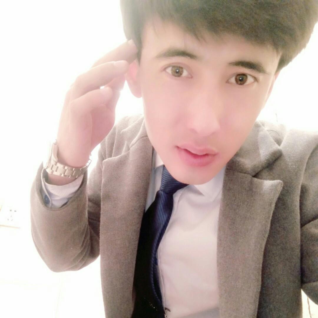 新疆小男孩