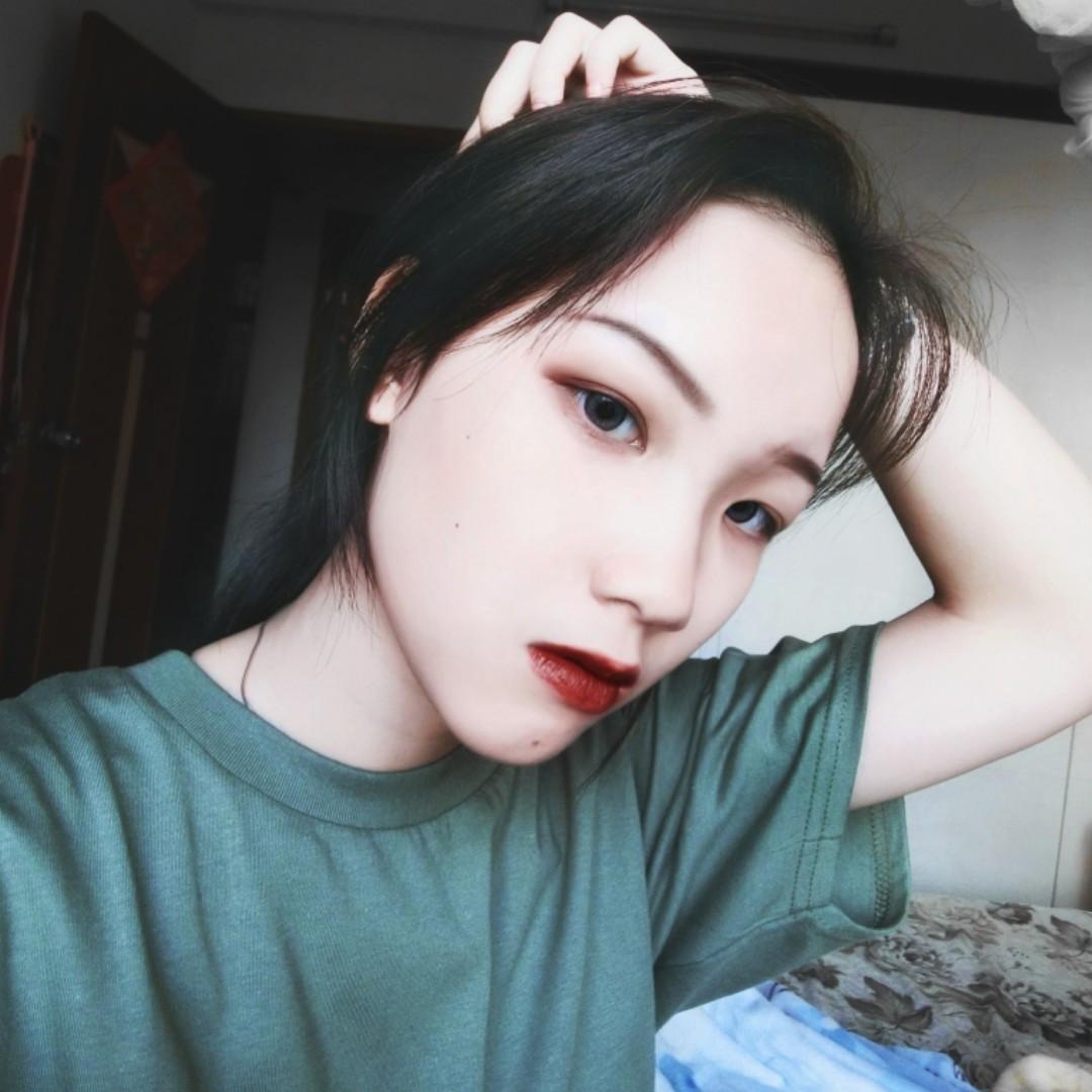 李小花OvO