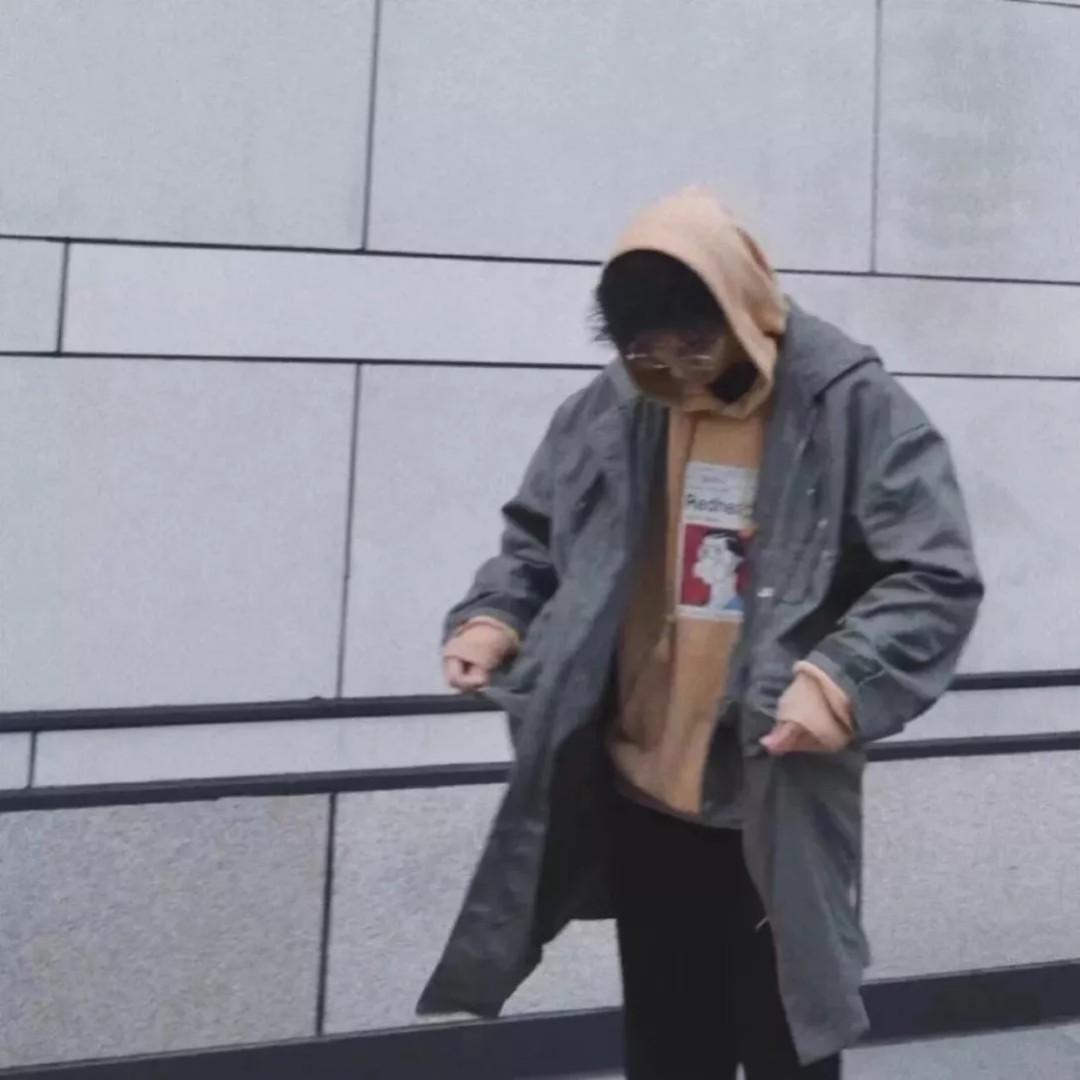 _空手劈榴莲_