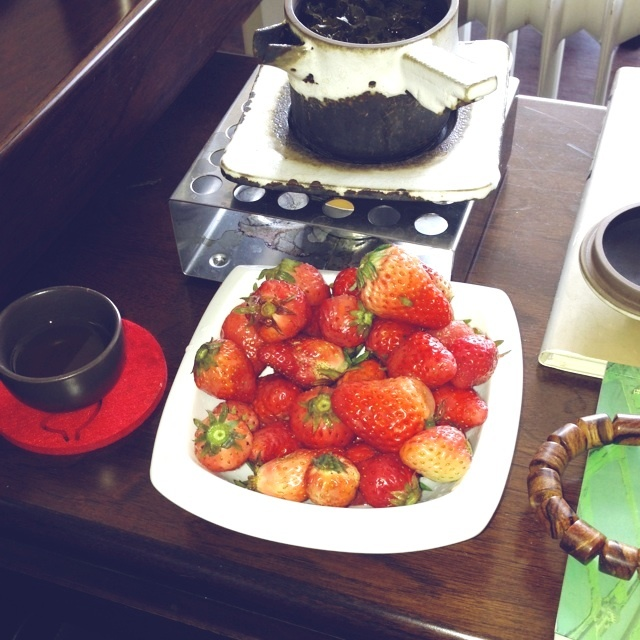 strawberry,blacktea