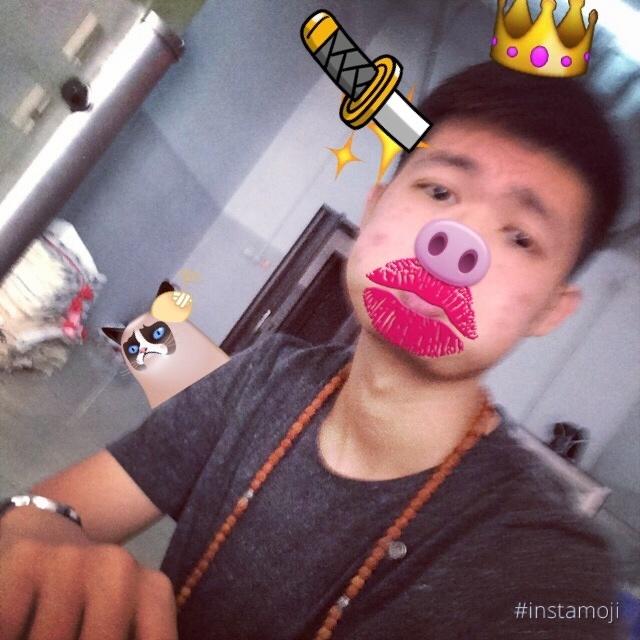 王不嘚儿的照片