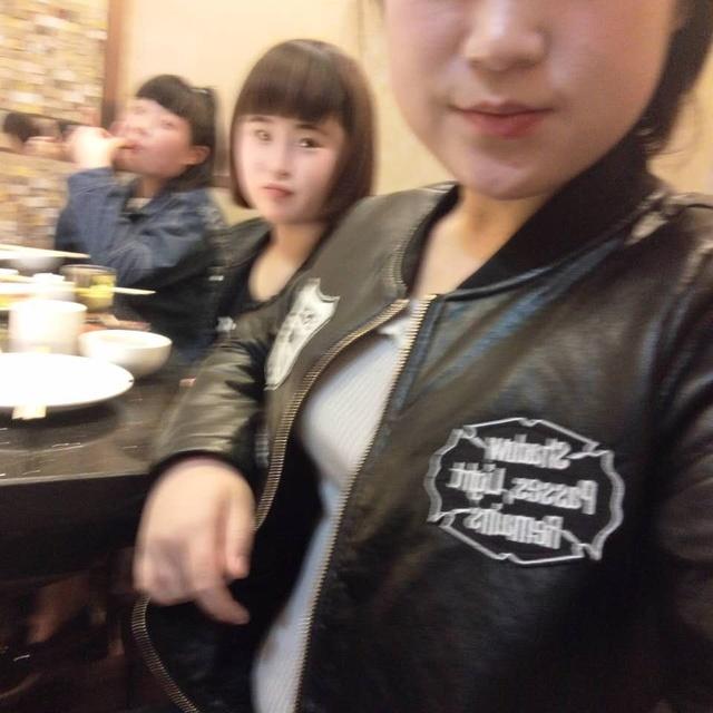 冯静 上海电视台-吃蟹模特冯静,上海电视台,上海电视