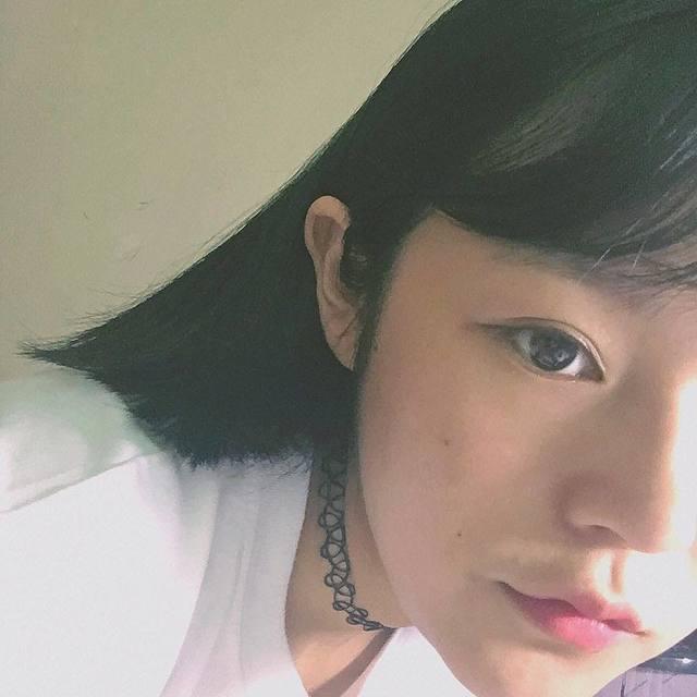 黄暴少女的照片