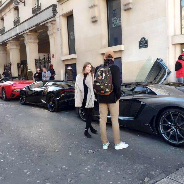 Paris,Bonjour,run away