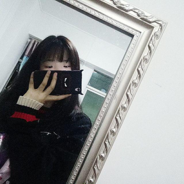黄彩婷的照片