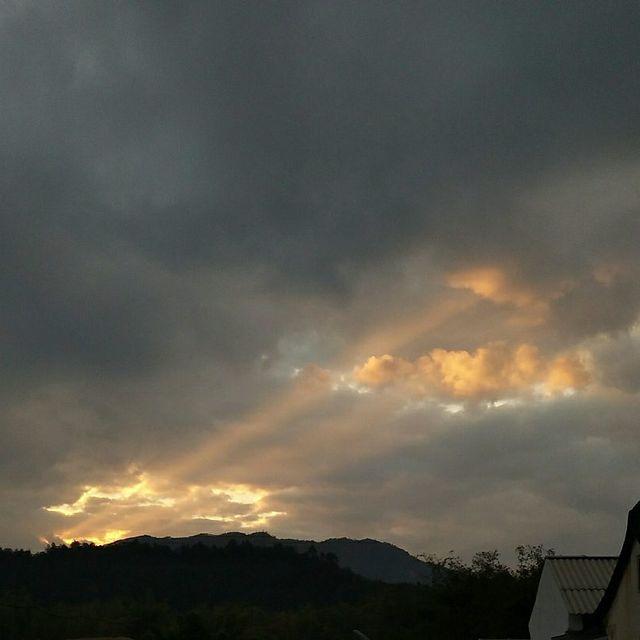 云朵工厂,曙光,傍晚的天空,如果云知道,喜欢请点赞
