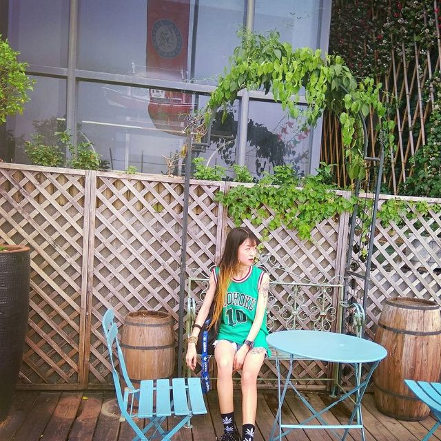 A_酒涩少女的照片