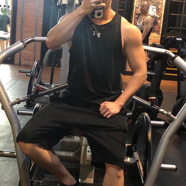 健身控,生命在于运动,肌肉控,洛孚私人健身,微博:潇洒的rocky