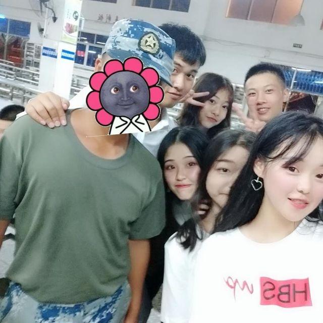 Zhaixia_的照片