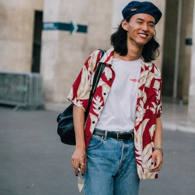 今天穿这样,帽子控,喜欢请点赞,杨英格,David Yang