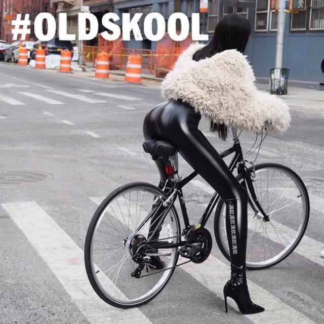 骑行者,喜欢请点赞,今天穿这样,女神,大长腿