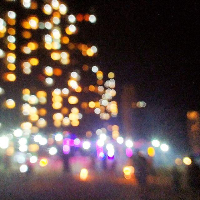 互粉互赞,灯光中有一个你,手机摄影,live生活