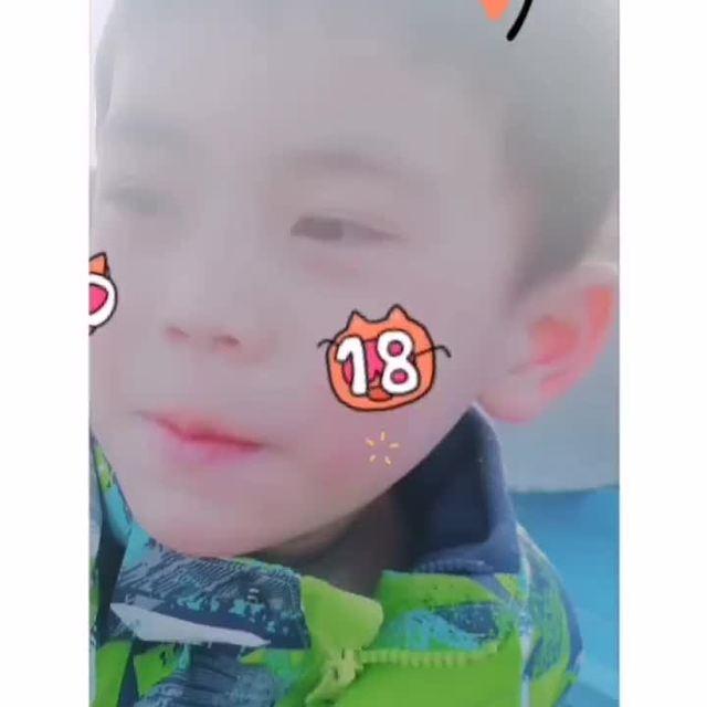 颜值爆表的少年的照片